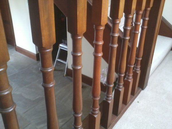 bespoke staircase and spindles fitted1